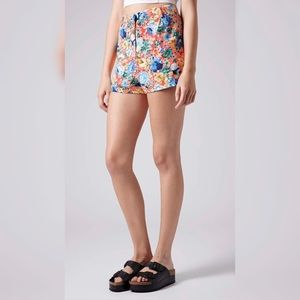 Topshop Neon Floral Cuffed Shorts Size 6